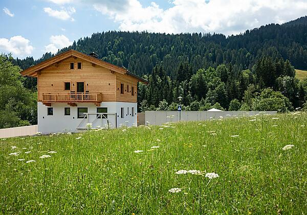 Aussenansicht Haus Sommer (1)