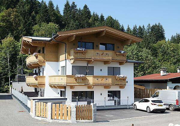 Haus Außenansicht 2