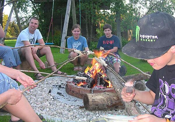 Dienstags-Lagerfeuer am Knirschenhof
