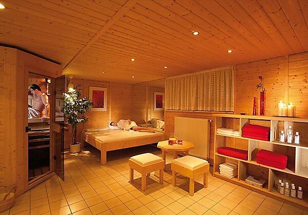 Entspannung mit Sauna & Dampfbad
