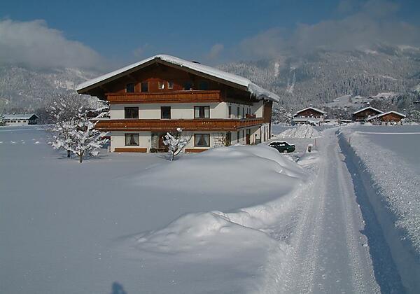Landhaus Greiderer Winteransicht