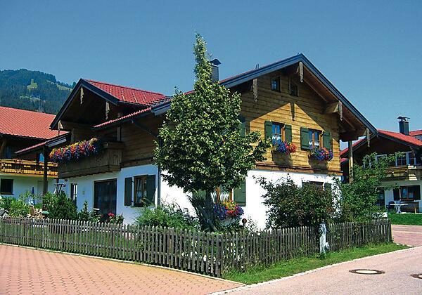 Unser Landhaus Paradies im Sommer