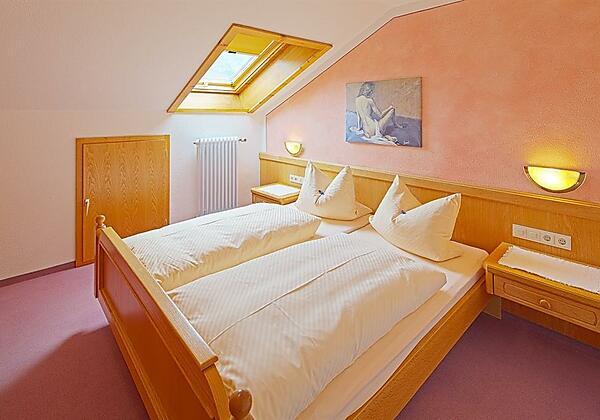 Schlafzimmer_Fewo_Jochschrofen