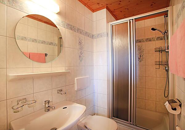 Wohn- und Schlafzimmer2