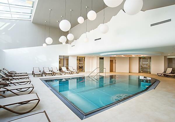 Doppelzimmer-ohne-Balkon-im-Hotel-Norica-mittel