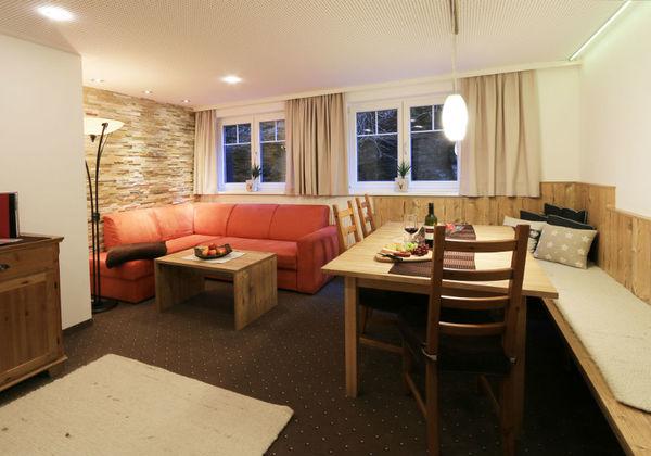 Die Küche des Deluxe Appartements in der Pension Gondelblick