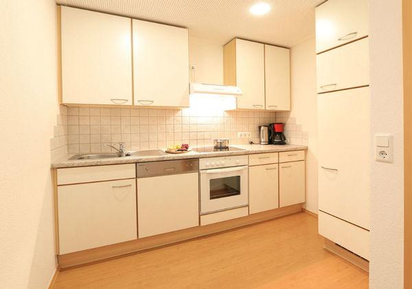 Ein Schlafzimmer des Appartements U1 in der Pension Gondelblick in Sölden