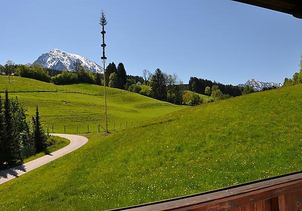 Alpenpanorama auf der Hinterseite von der Pension