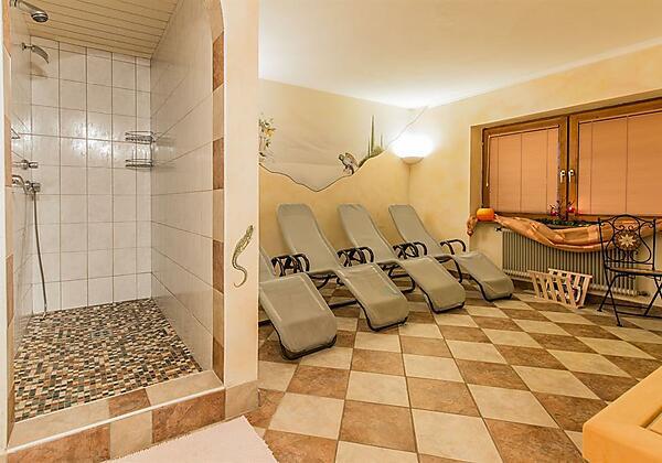 Sauna Ruheraum Hauptansicht