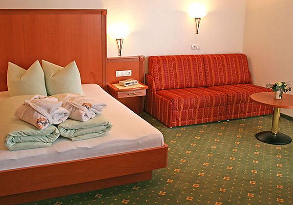 Ein Zimmer in der Pension Schlossberg