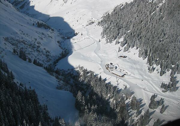 Pitzaler Schihütte Luftaufnahme