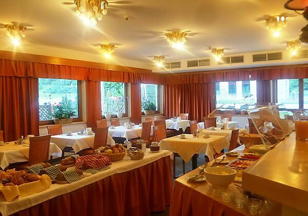 PIZ_Hotel_Frühstück
