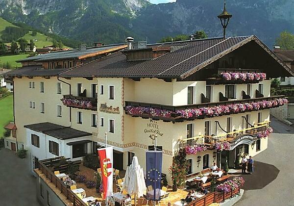 Hotel_Post_Abtenau_Vorderansicht1