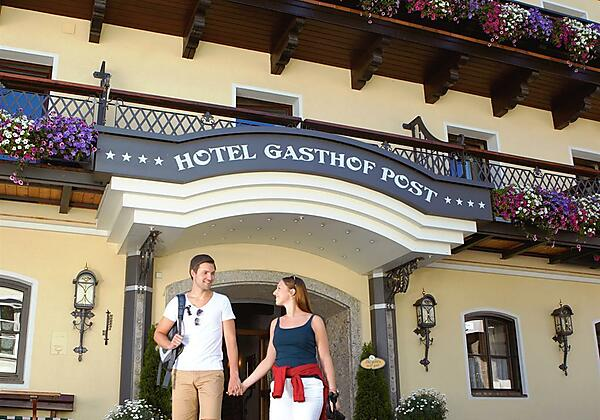Eingang Hotel Post