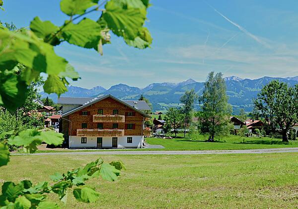 Dorfidylle bei Schmid's in Ofterschwang