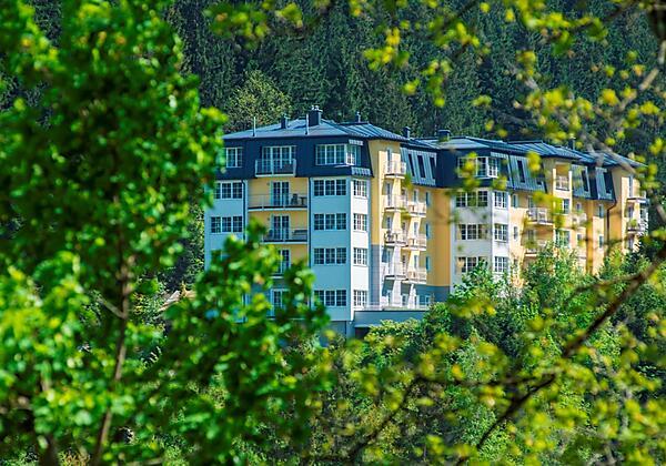Appartementhotel-Sonnenwende-Bad-Gastein-Haus-auße
