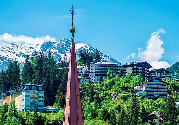 Appartementhotel-Sonnenwende-Bad-Gastein-Haus-Somm