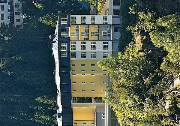 Appartementhotel-Sonnenwende-Bad-Gastein-Sommer-Au
