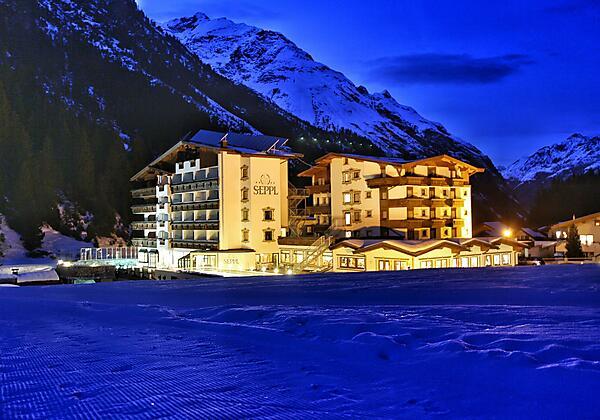 Hotel Seppl Winteransicht