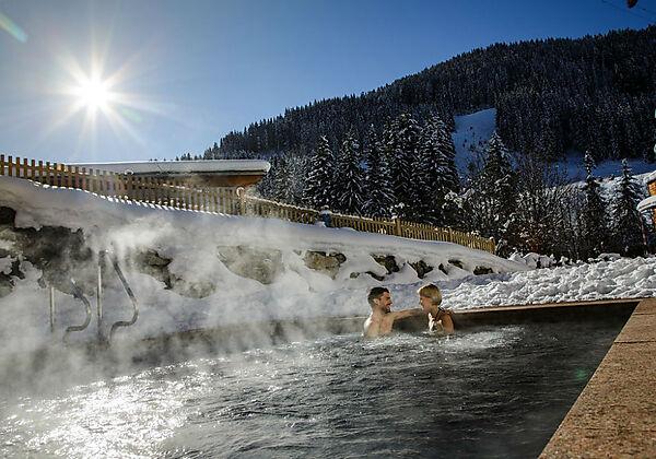 Eine Junior Suite im Sporthotel Wagrain