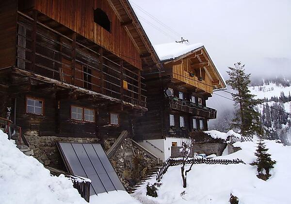 Winteransicht Untererschbaumerhof