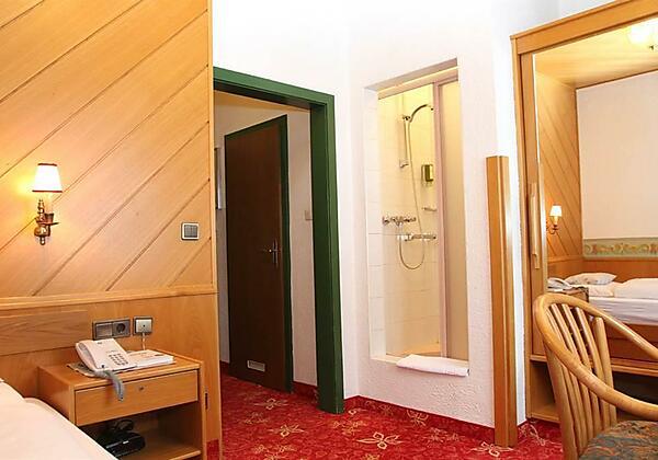 Hotel-Voelserhof-Bad-Hofgastein-Bei-Nacht
