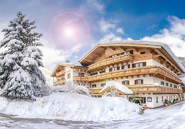 Winter-Hausfoto-Schoerhof